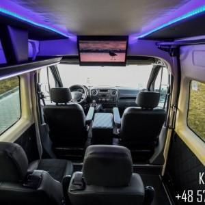 wnętrze busa 07